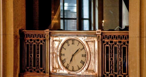 Clock at Toronto hotel