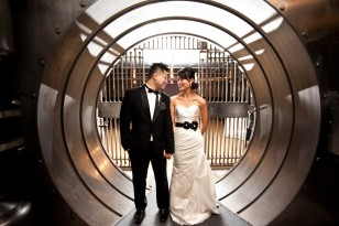 wedding_vault_slide01